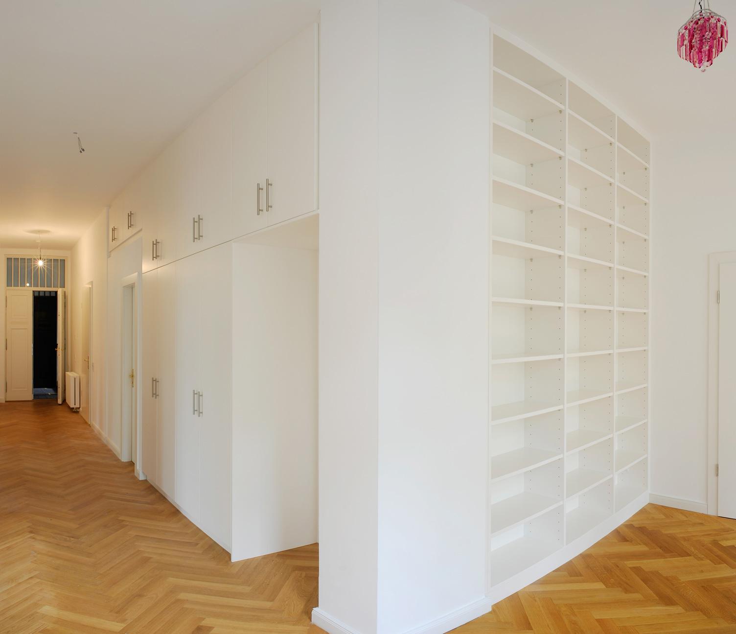 Referenzen - Moebel - Raumteiler - KuV Tischlerei Berlin (1)
